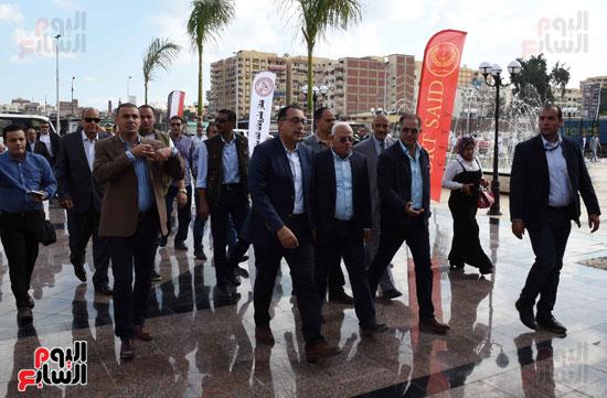 جولة رئيس الوزراء فى بورسعيد لتفقد عدد من المشروعات  (16)