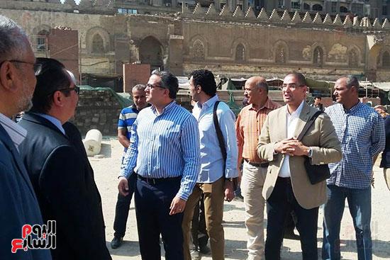 النائب محمد أبو حامد يشارك في افتتاح ترميم مسجد الظاهر بيبرس (11)