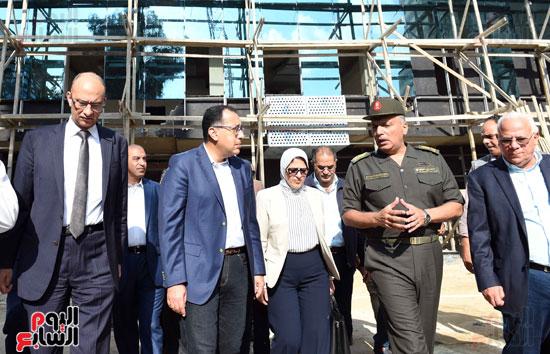 جولة رئيس الوزراء فى بورسعيد لتفقد عدد من المشروعات  (14)