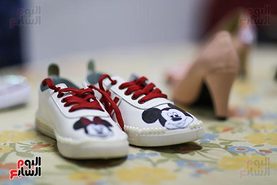 أحذية الكوتش تصبح مناسبة للأفراح