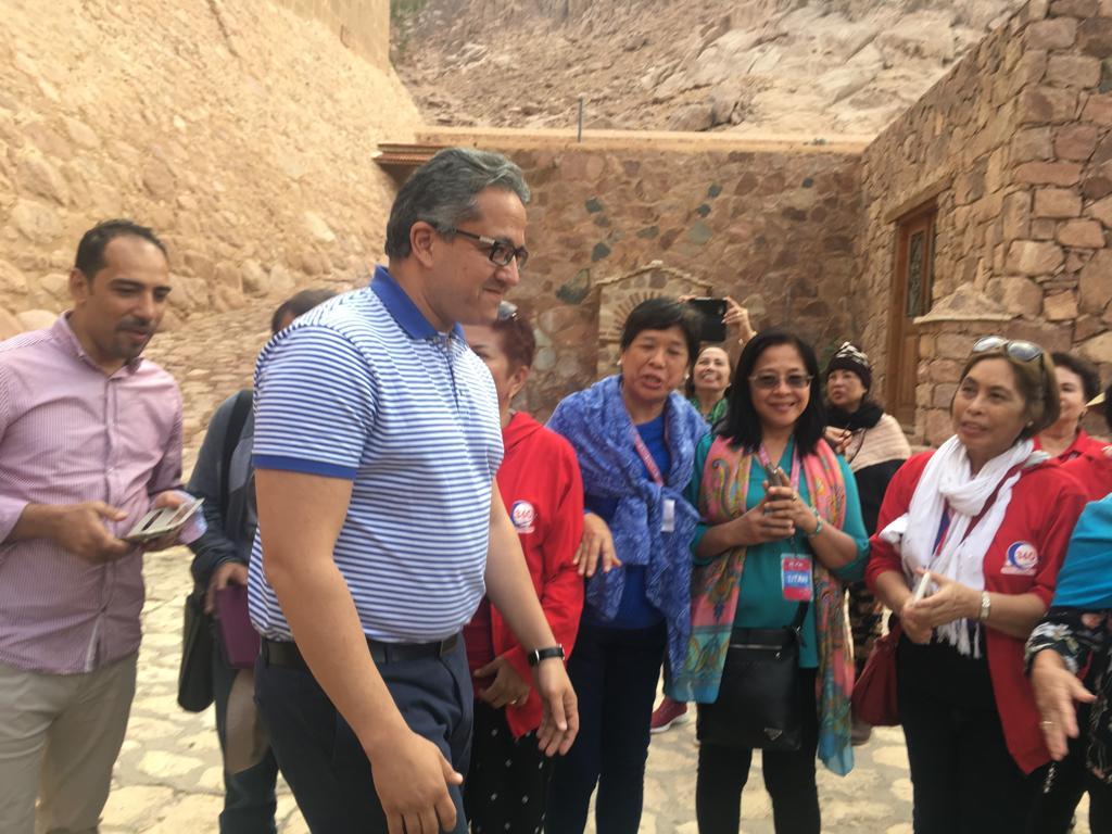 وزير الآثار وسفير 15 دولة فى جولة بـملتقى الأديان بسانت كاترين (6)
