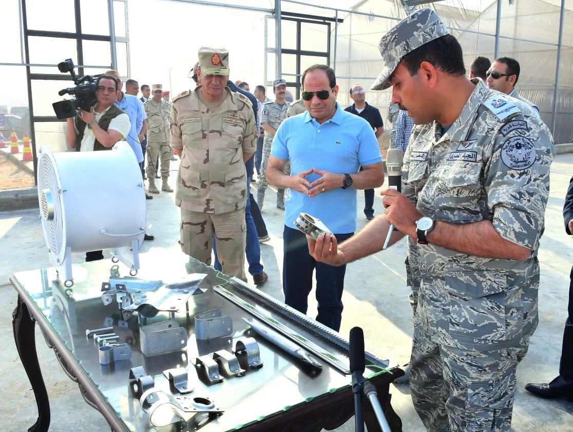 تفقد الرئيس السيسى لاحدى القواعد الجوية (1)