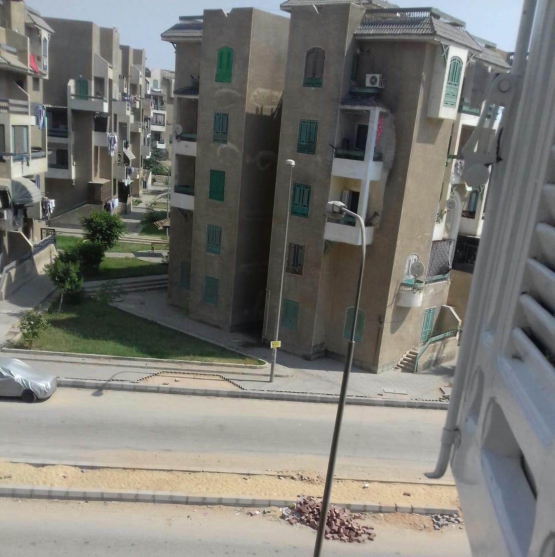 مخلفات التكسير بالشارع