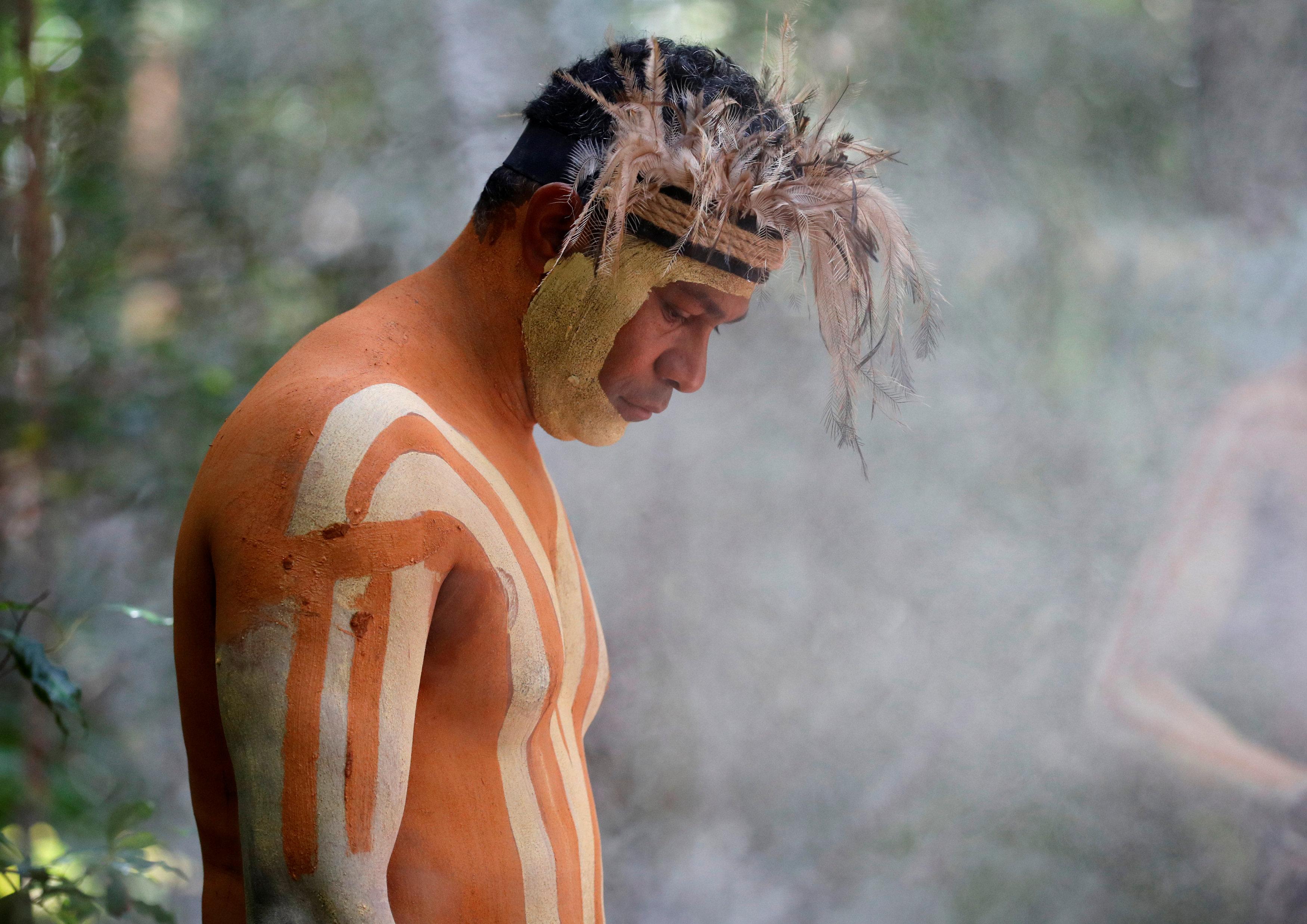 أحد سكان الجزيرة الأصليين