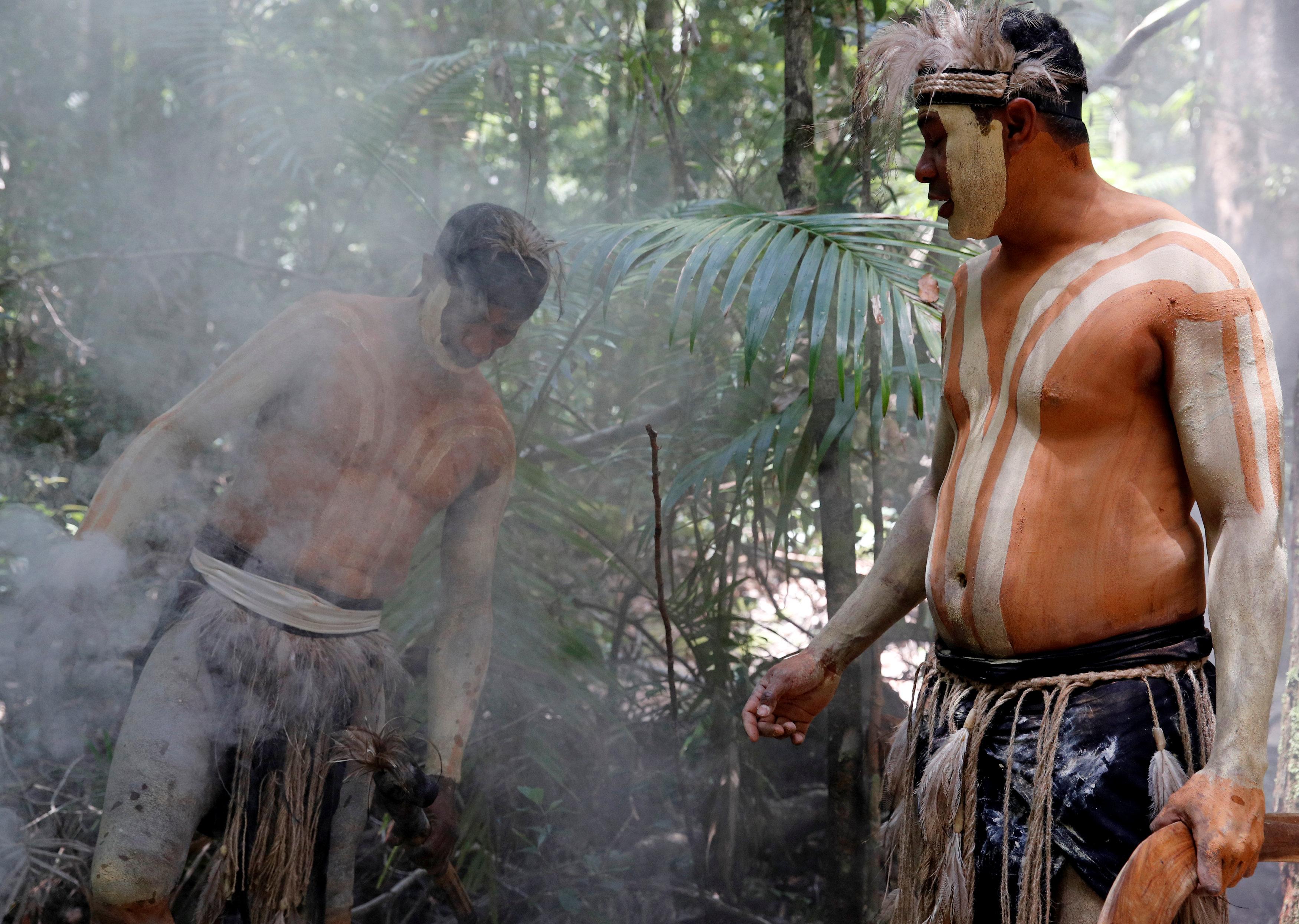 سكان الجزيرة الأصليين