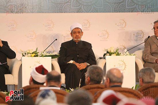 صور ندوة الدولية للأزهر حول الإسلام والغرب.. تنوعٌ وتكاملٌ (5)