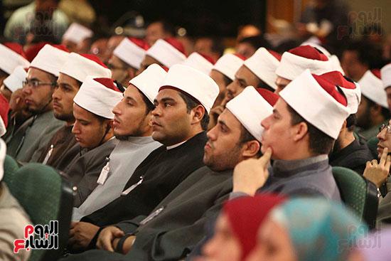 صور ندوة الدولية للأزهر حول الإسلام والغرب.. تنوعٌ وتكاملٌ (19)