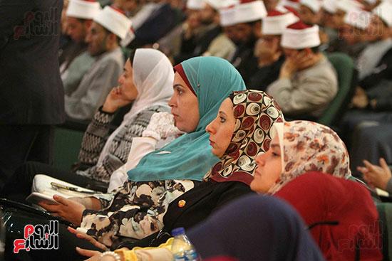 صور ندوة الدولية للأزهر حول الإسلام والغرب.. تنوعٌ وتكاملٌ (27)