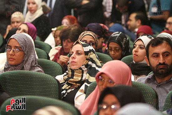 صور ندوة الدولية للأزهر حول الإسلام والغرب.. تنوعٌ وتكاملٌ (21)