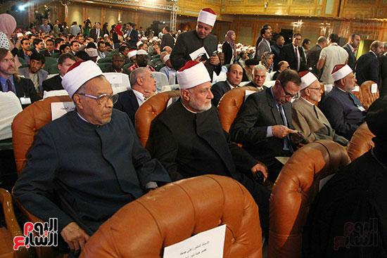 صور ندوة الدولية للأزهر حول الإسلام والغرب.. تنوعٌ وتكاملٌ (52)