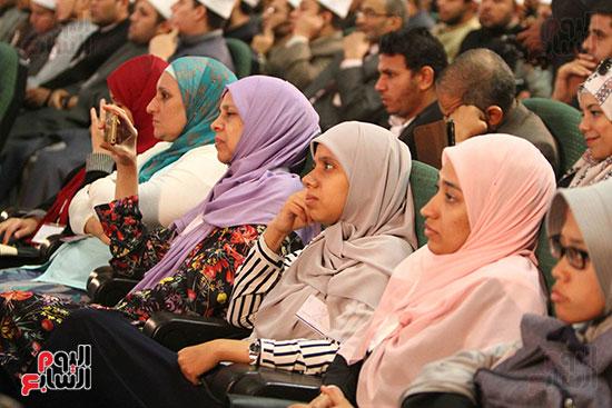 صور ندوة الدولية للأزهر حول الإسلام والغرب.. تنوعٌ وتكاملٌ (20)