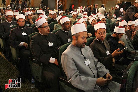 صور ندوة الدولية للأزهر حول الإسلام والغرب.. تنوعٌ وتكاملٌ (40)
