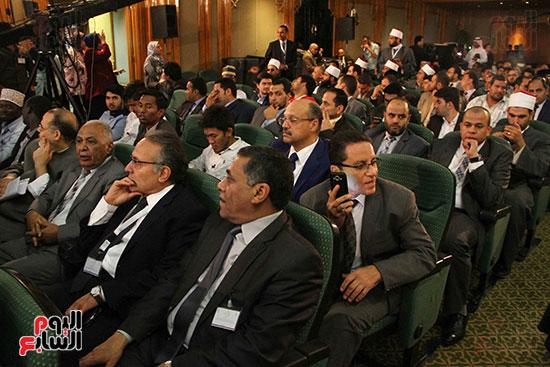 صور ندوة الدولية للأزهر حول الإسلام والغرب.. تنوعٌ وتكاملٌ (38)