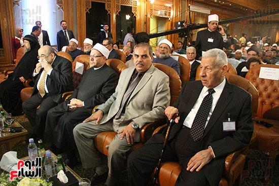 صور ندوة الدولية للأزهر حول الإسلام والغرب.. تنوعٌ وتكاملٌ (49)