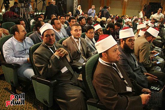 صور ندوة الدولية للأزهر حول الإسلام والغرب.. تنوعٌ وتكاملٌ (41)