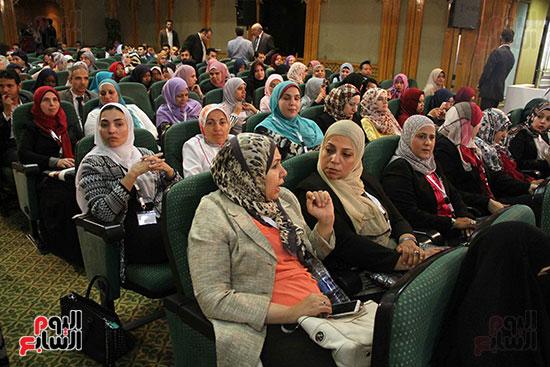 صور ندوة الدولية للأزهر حول الإسلام والغرب.. تنوعٌ وتكاملٌ (35)