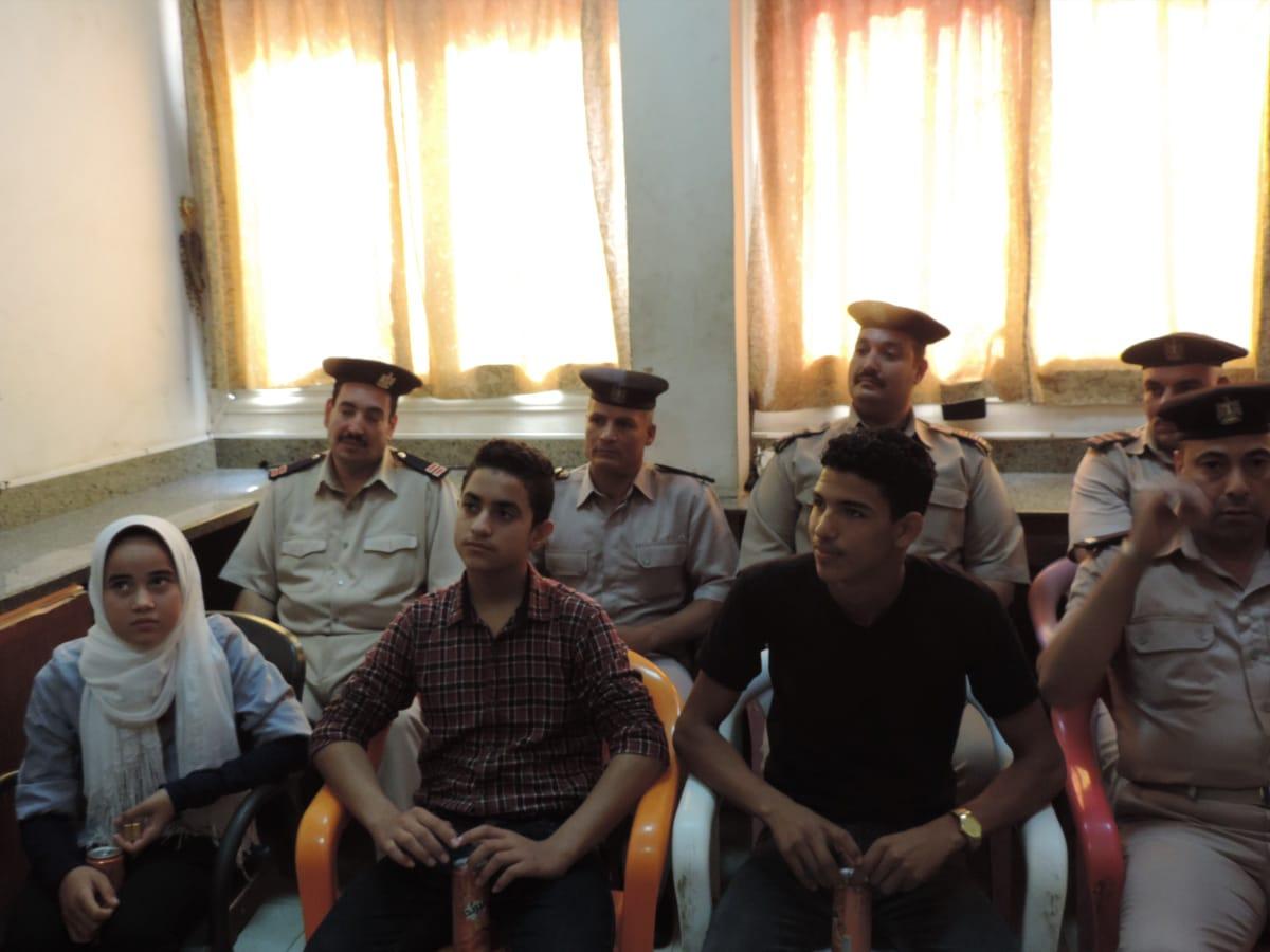ندوة تعليم قوات شرطة النجدة للغة الإشارة (2)