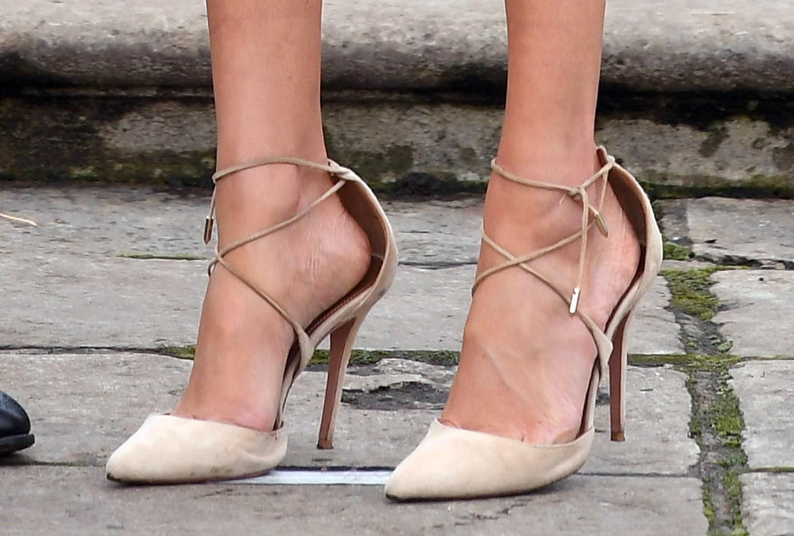 حذاء ميجان بمقاس كبير