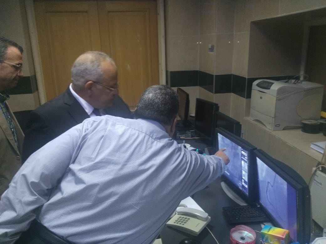 رئيس جامعة القاهرة يتفقد قصر العينى  (4)