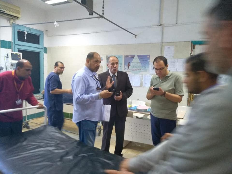 اسعاف المصابين فى مستشفى الاسماعيلية العام (3)