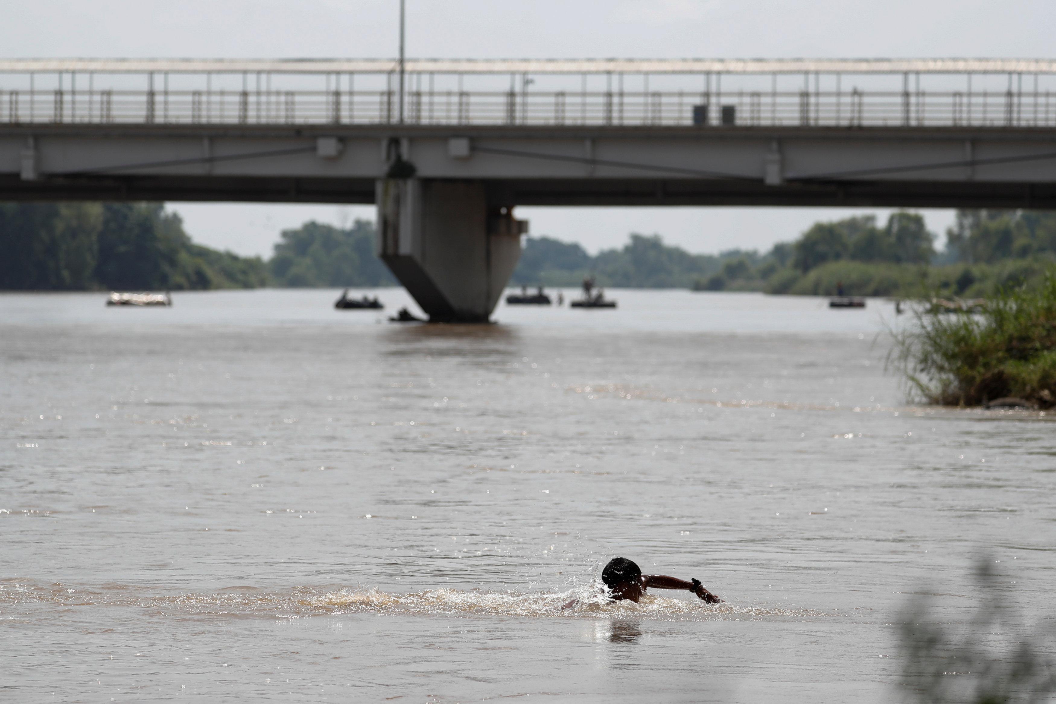عبور نهر كوسيتى