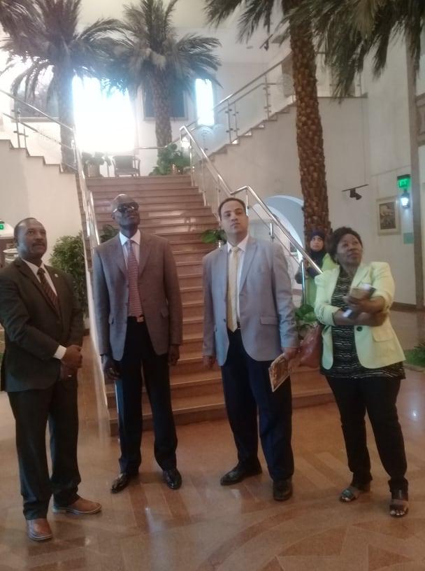 سفير كينيا والوفد المرافق له