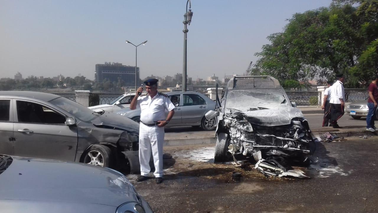 تهشم سيارة بسبب الحادث