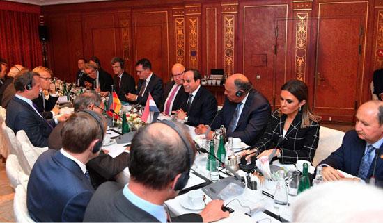 الرئيس السيسى بالشركات الألمانية (1)