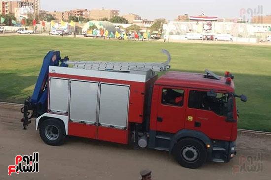 عروض-عسكرية-ومسيرة-بالسيارات-المصلحية-في-احتفالية-محافظة-الوادى-الجديد-(5)