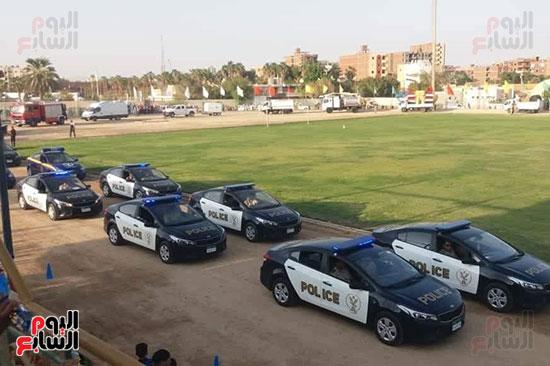 عروض-عسكرية-ومسيرة-بالسيارات-المصلحية-في-احتفالية-محافظة-الوادى-الجديد-(7)