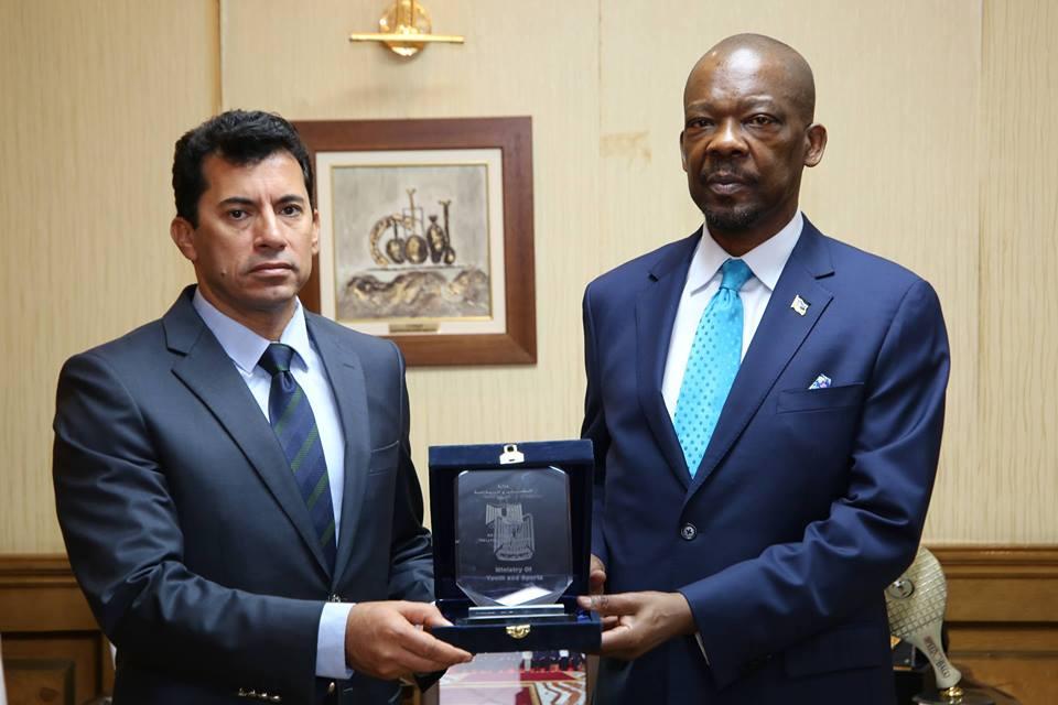صبحى وسفير موزمبيق