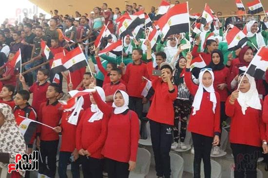 عروض-عسكرية-ومسيرة-بالسيارات-المصلحية-في-احتفالية-محافظة-الوادى-الجديد-(6)