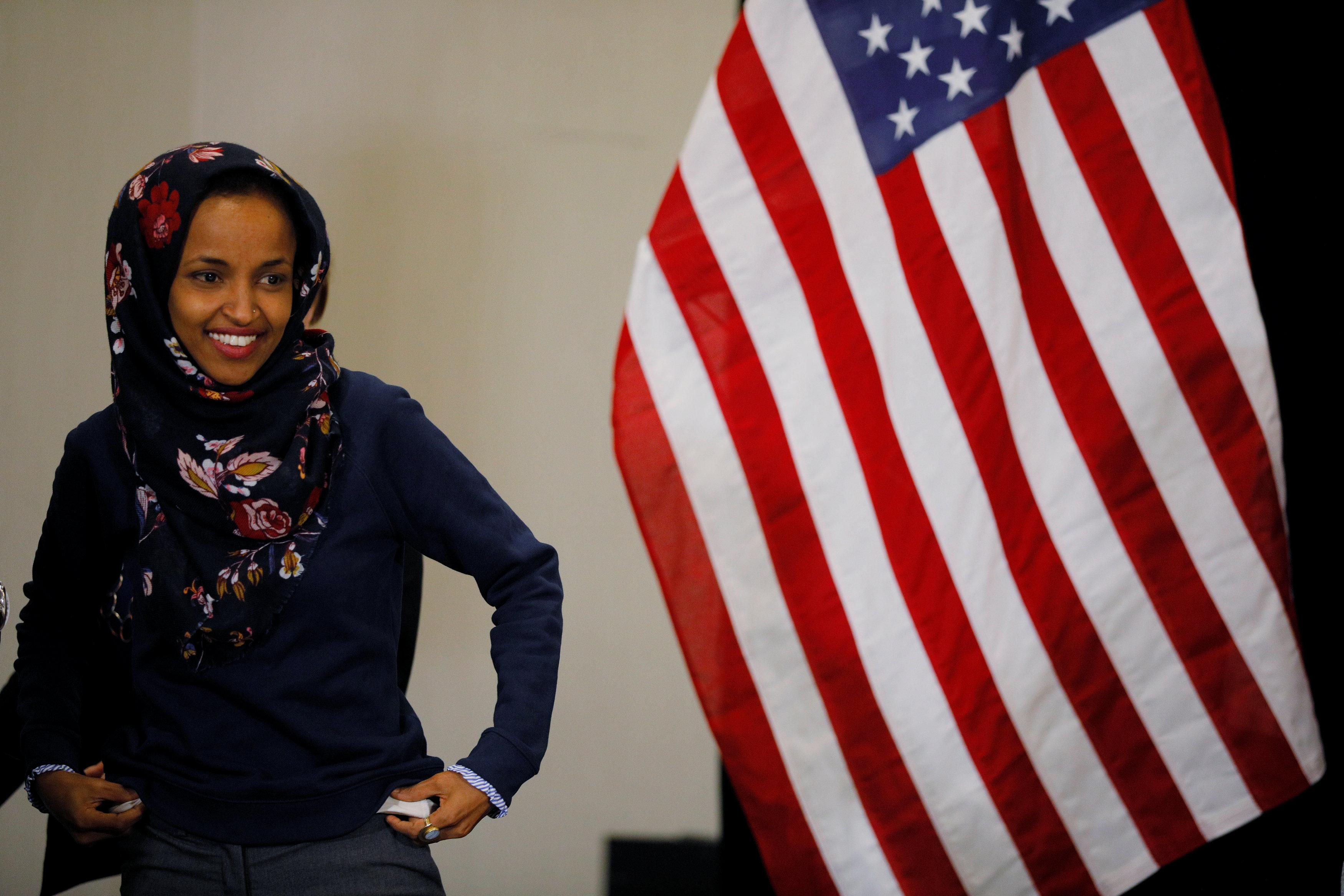 إلهان عمر هربت من الحرب الأهلية فى بلدها ولجأت للولايات المتحدة