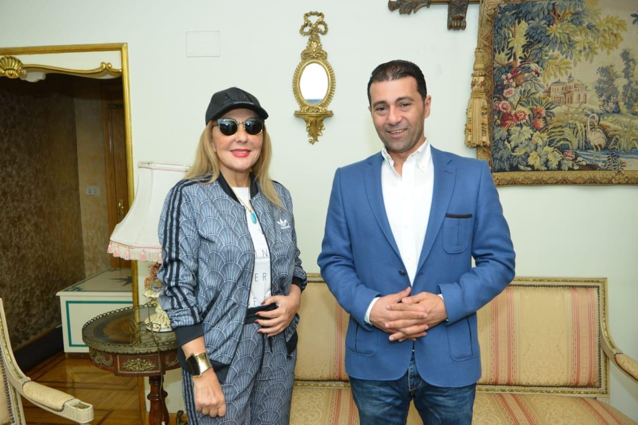 الفنانة نادية الجندي في حوارها مع جمال عبد الناصر
