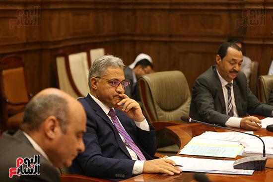 اجتماع محلية البرلمان (8)