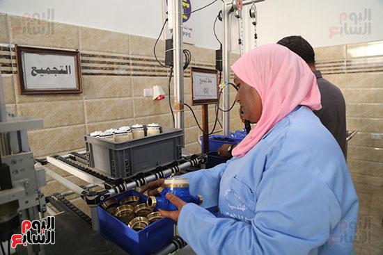 افتتاح وزير الكهرباء والانتاج الحربى مصنع عدادات الكهرباء (57)
