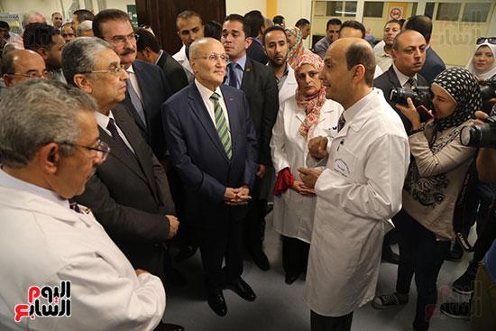 افتتاح وزير الكهرباء والانتاج الحربى مصنع عدادات الكهرباء (49)