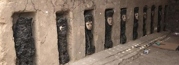 تماثيل المكتشفة قى بيرو  (5)