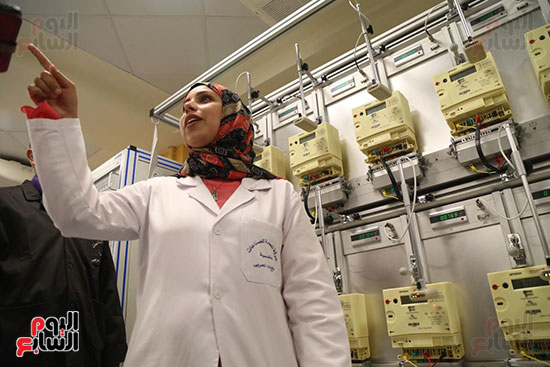 افتتاح وزير الكهرباء والانتاج الحربى مصنع عدادات الكهرباء (47)