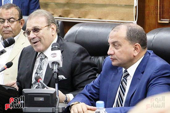 اتفاقية تعاون أكاديمى بين جامعتى بنى سويف وسيناء (1)