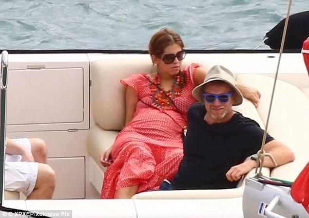 ابراموفيتش مع زوجته