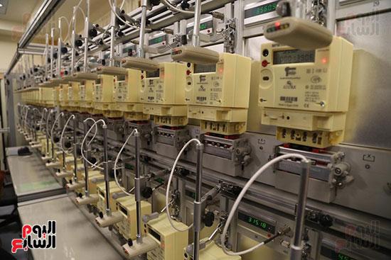 افتتاح وزير الكهرباء والانتاج الحربى مصنع عدادات الكهرباء (50)