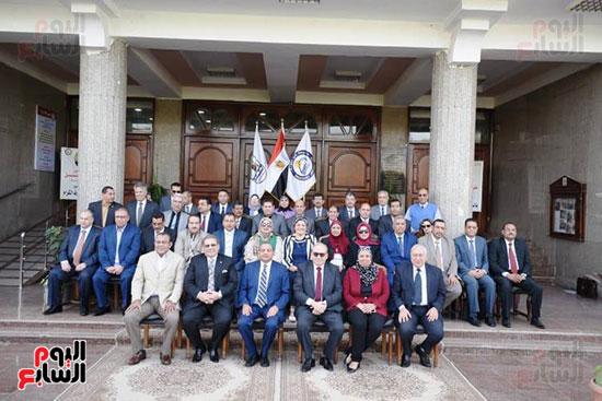 اتفاقية تعاون أكاديمى بين جامعتى بنى سويف وسيناء (16)