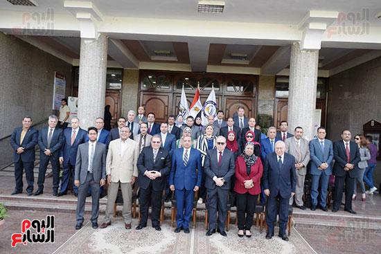 اتفاقية تعاون أكاديمى بين جامعتى بنى سويف وسيناء (10)