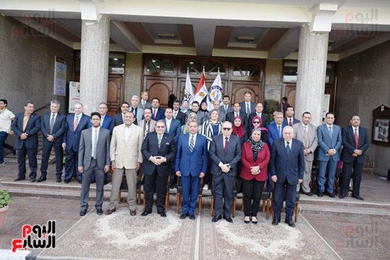 اتفاقية تعاون أكاديمى بين جامعتى بنى سويف وسيناء (8)