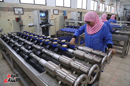 افتتاح وزير الكهرباء والانتاج الحربى مصنع عدادات الكهرباء (70)