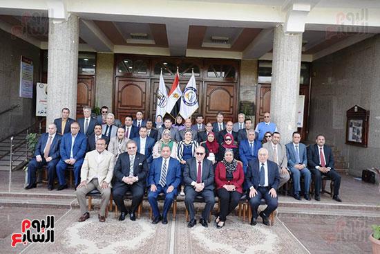اتفاقية تعاون أكاديمى بين جامعتى بنى سويف وسيناء (18)