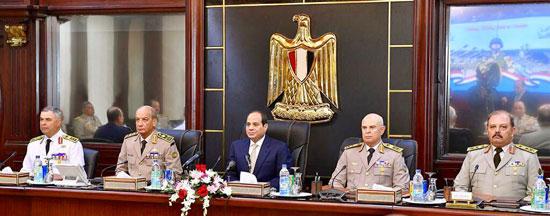 السيسى يجتمع بالمجلس الأعلى للقوات المسلحة (3)