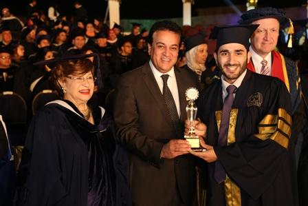 وزير التعليم العالى يشهد حفل تخرج دفعة من جامعة أكتوبر للعلوم الحديثة والآداب (3)