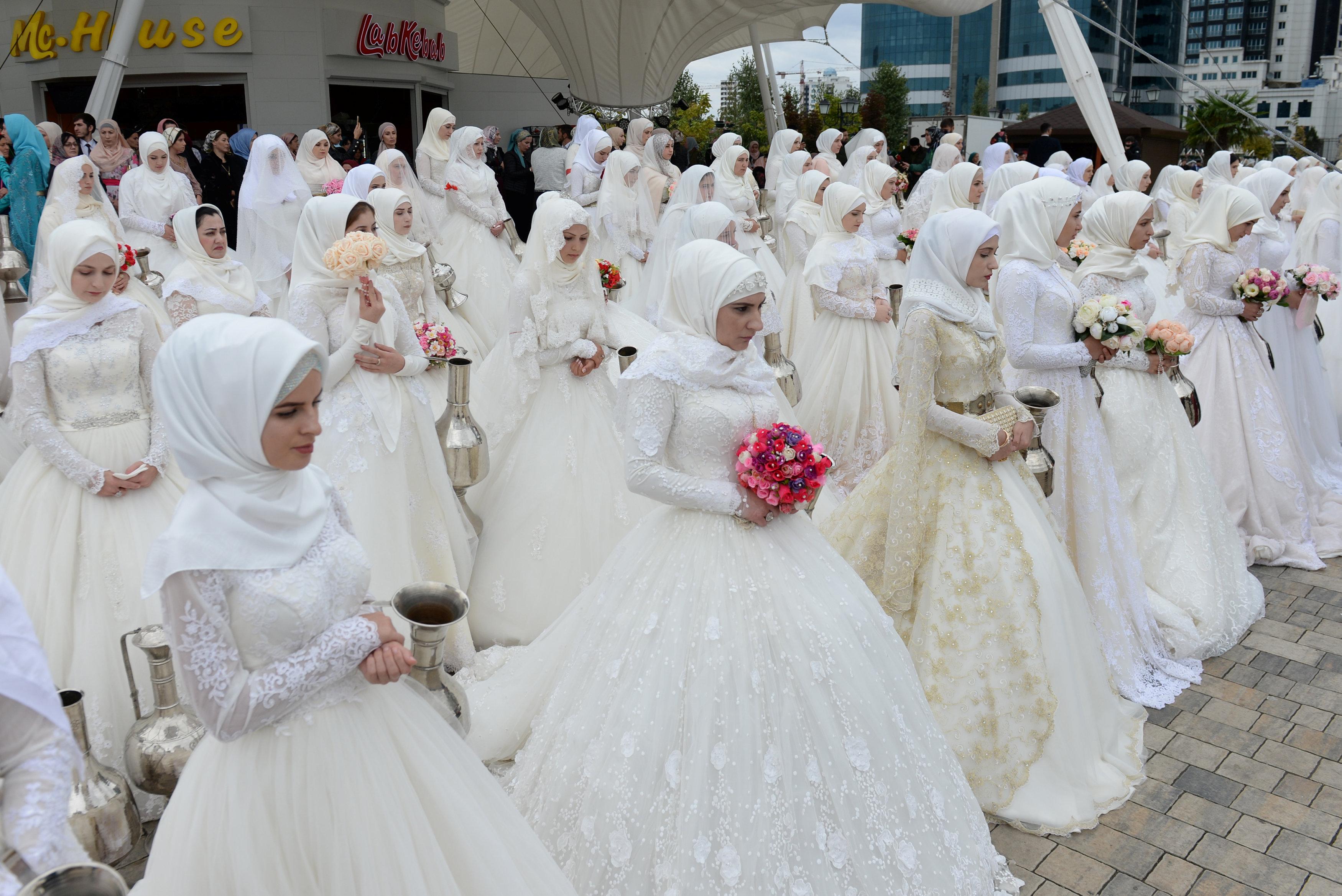 حفل زفاف جماعى فى الشيشان